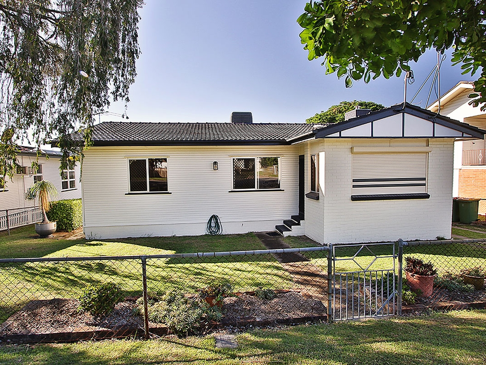 42 Raceview Street Raceview, QLD 4305