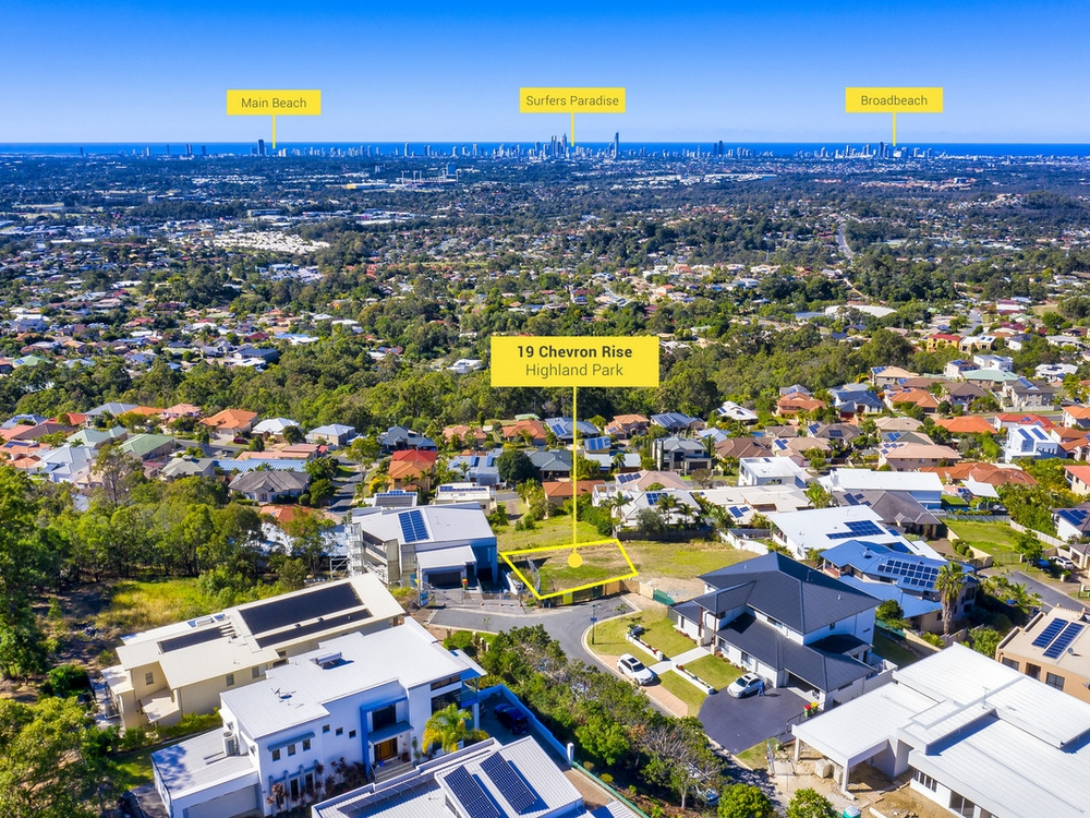 19 Chevron Rise Highland Park, QLD 4211