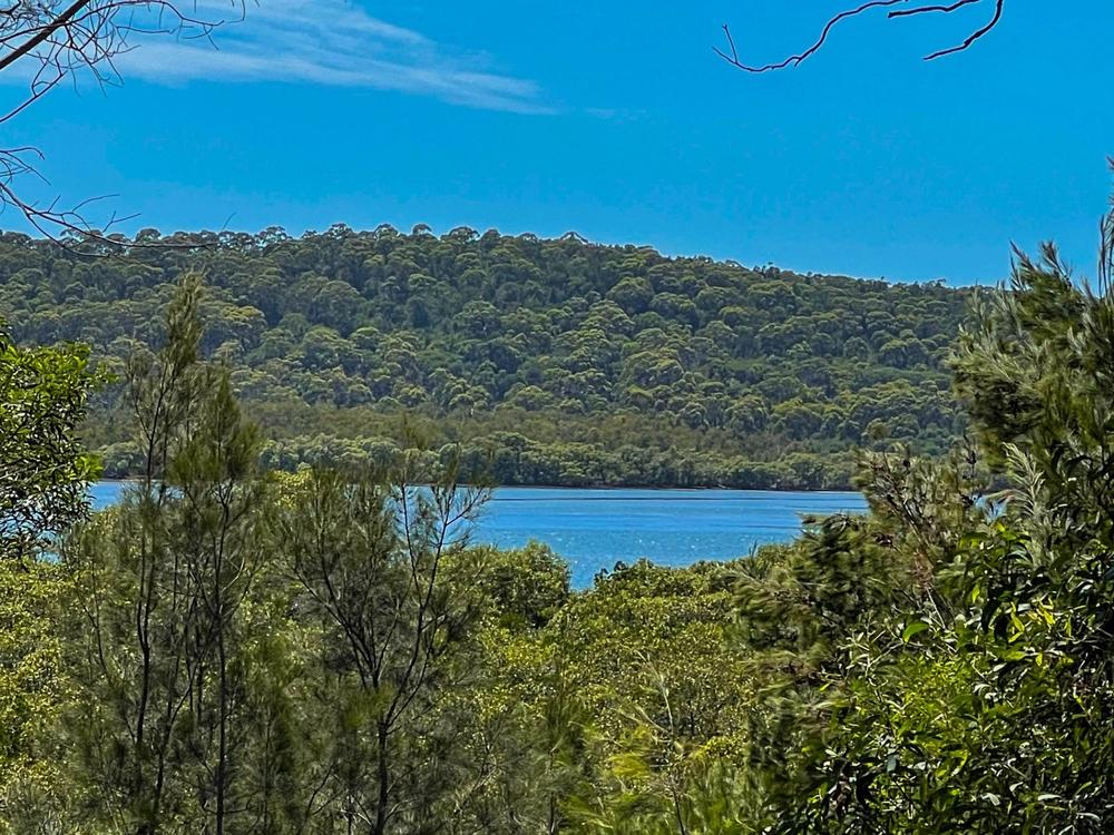 9 Aquamarine Ave Russell Island, QLD 4184