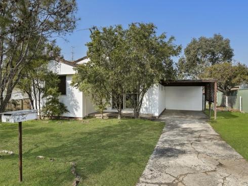 24 Melrose Avenue Gorokan, NSW 2263