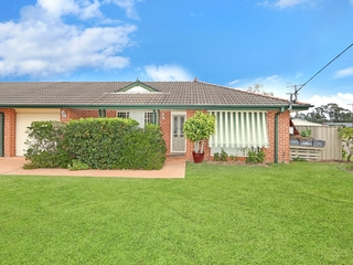 1/21A Sir Joseph Banks Drive Bateau Bay , NSW, 2261