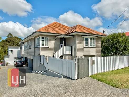 49 Burnaby Terrace Gordon Park, QLD 4031