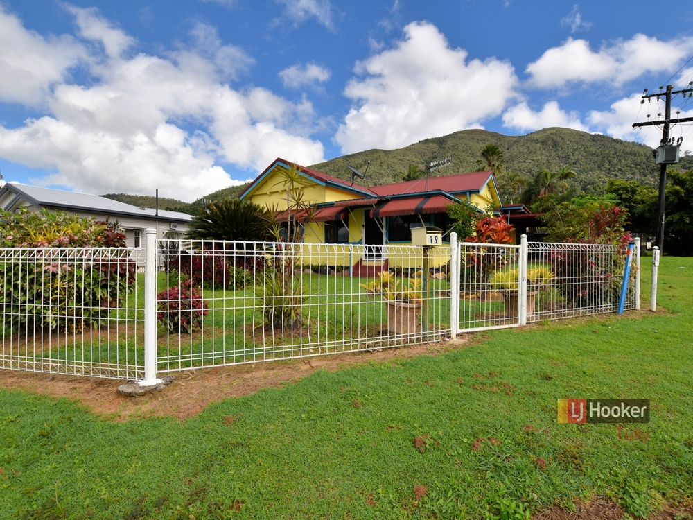 19 Bryant Street Tully, QLD 4854