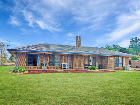139 Taylors Road Kingaroy, QLD 4610