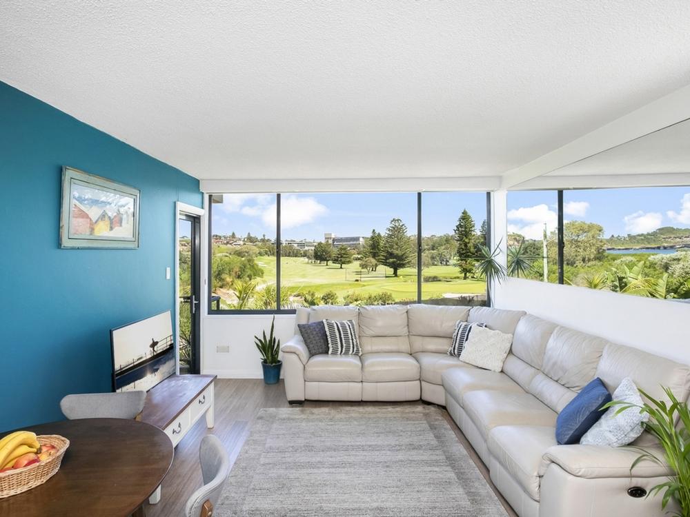 1/60 Golf Avenue Mona Vale, NSW 2103