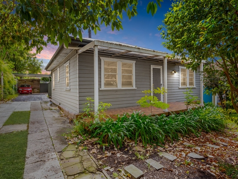 64 & 64a Dwyer Street North Gosford, NSW 2250