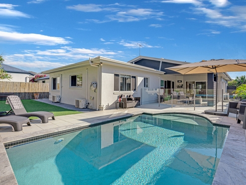 13 Red Gum Crescent Wakerley, QLD 4154