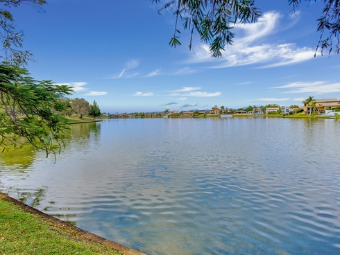 10/173 Barrier Reef Drive Mermaid Waters, QLD 4218