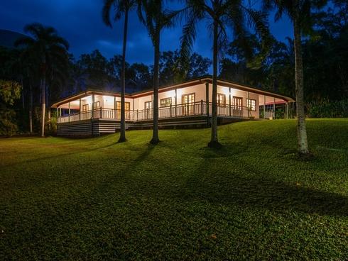 14-16 Nancy Close Oak Beach, QLD 4877