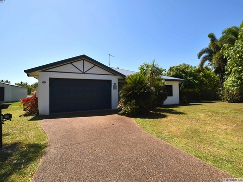 10 Southward Street Mission Beach, QLD 4852