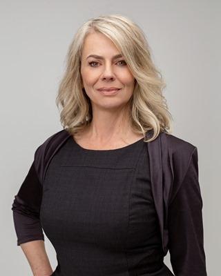 Rose McDowell profile image