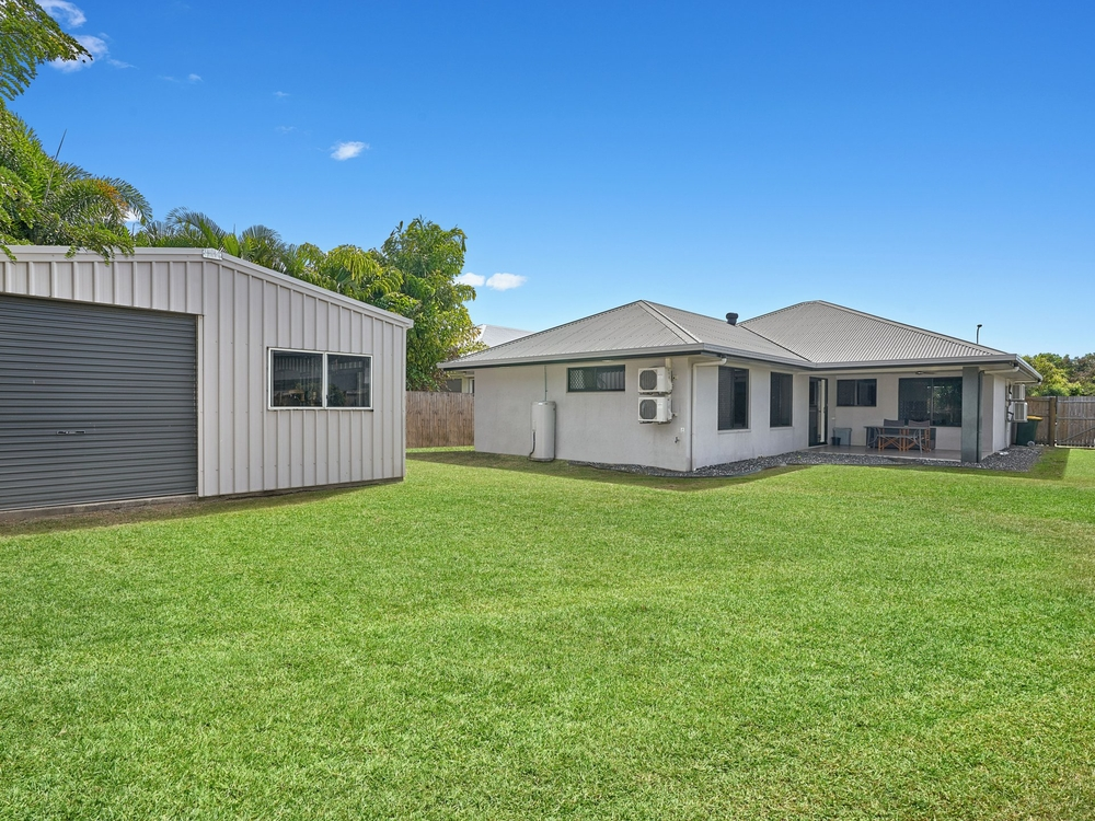 38 Fossilbrook Bend Trinity Park, QLD 4879