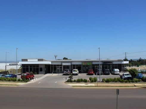 Shop 2/3 Walters Drive Harristown, QLD 4350