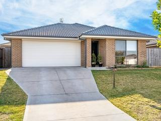 7 Sandpiper Circuit Aberglasslyn , NSW, 2320