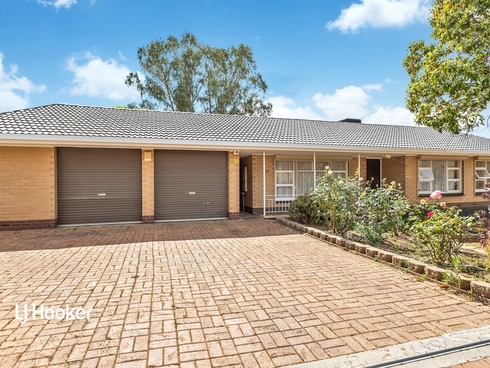 10 Carolan Crescent Valley View, SA 5093