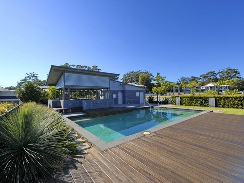 16 Seaspray Avenue Nelson Bay, NSW 2315