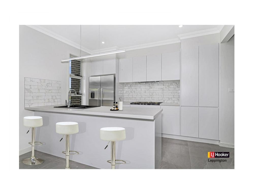 17 Guild Avenue Leppington, NSW 2179