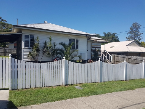 5a Hayes Street Brassall, QLD 4305