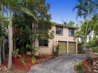 25 Crotty Street Indooroopilly, QLD 4068