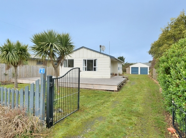 4 Burma Road Taieri Mouth property image