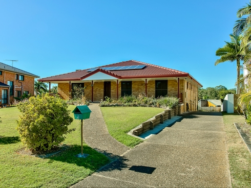 9 Dors Court Stafford Heights, QLD 4053