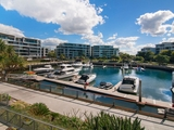 2203/323 Bayview St. Hollywell, QLD 4216