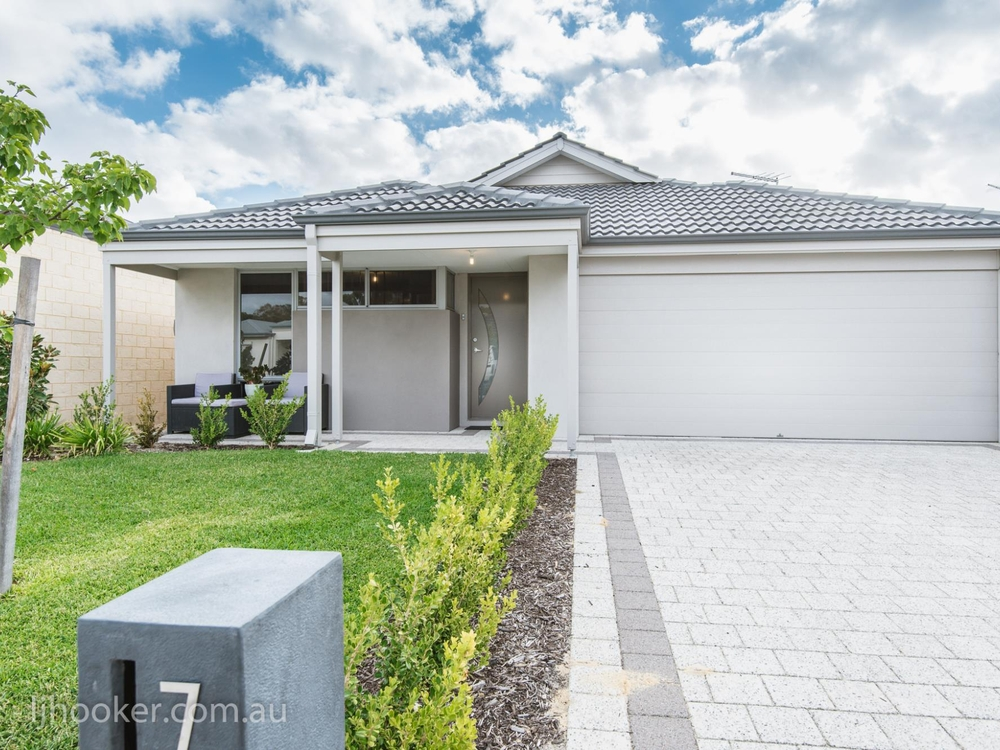7 Ornate Gld Aveley, WA 6069
