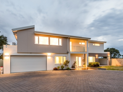 8A Troon Cove Connolly, WA 6027