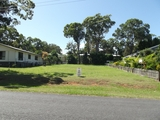 17 Benowa Street Macleay Island, QLD 4184