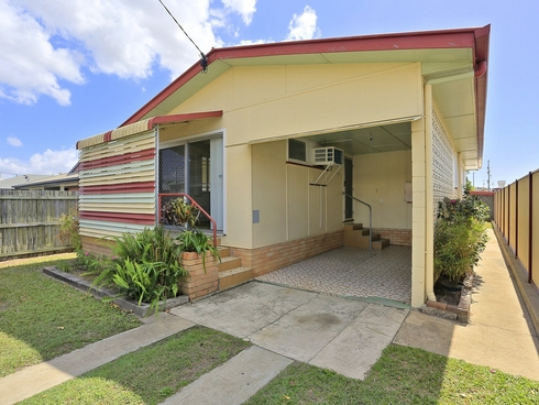 1A Bellevue Street Bundaberg West, QLD 4670