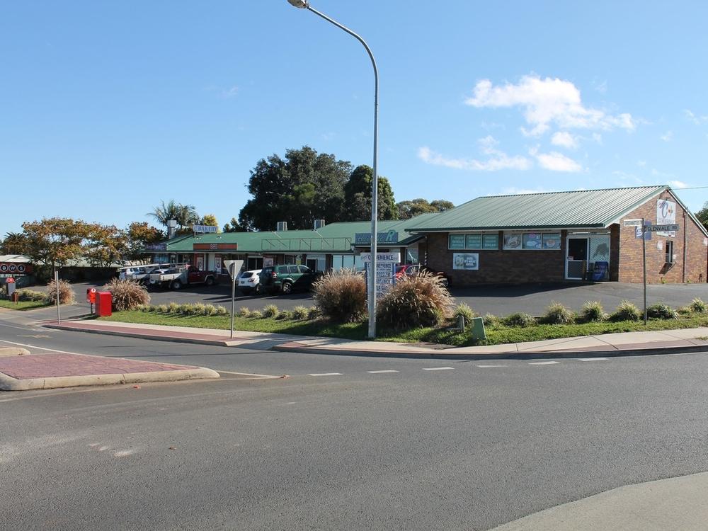 137-141 Glenvale Road Glenvale, QLD 4350