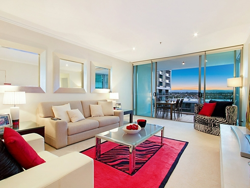 1507/33 T E Peters Drive Broadbeach Waters, QLD 4218