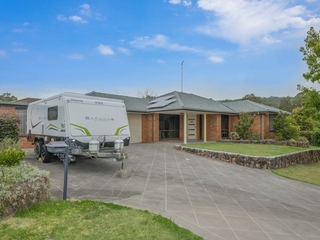 2 Westminster Close Valentine , NSW, 2280