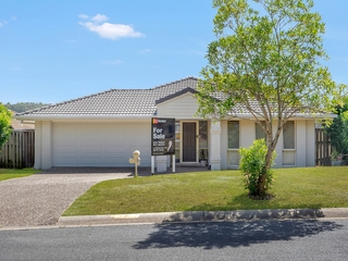 42 Witheren Circuit Pacific Pines , QLD, 4211