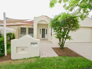 29 Stingray Crescent Burleigh Waters , QLD, 4220