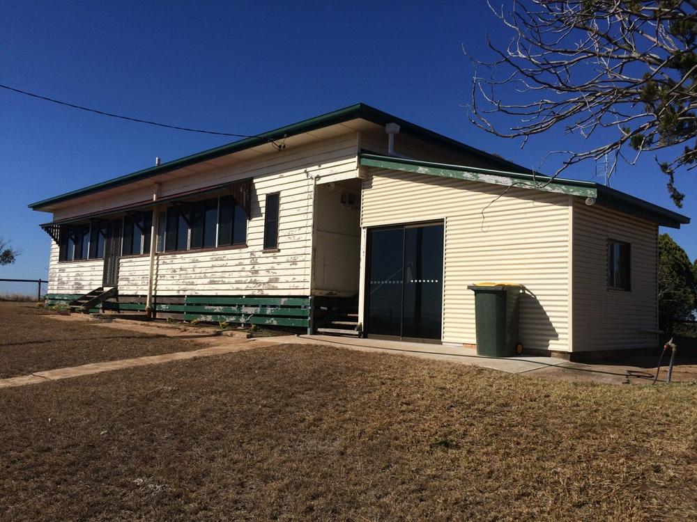 33 Hoffmanns Road Mp Creek, QLD 4606
