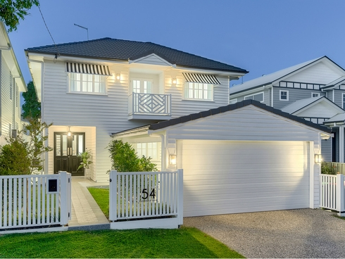 54 Eleventh Avenue Kedron, QLD 4031