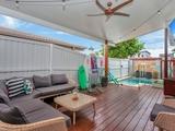 86 Albion Avenue Miami, QLD 4220
